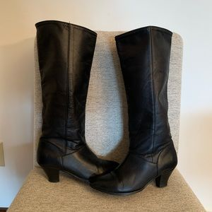Frye Black Leather Boots~Size 7